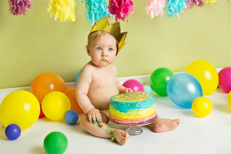 cakesmash-haslien-baby-fotograf-1-år-gutt-babyboy-blogg-gravid-2015-barn-kake-feiring-sarpsborg-cacas-regnbuekake-loan-emanuel_09