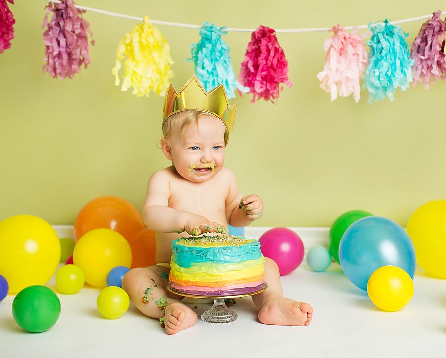 cakesmash-haslien-baby-fotograf-1-år-gutt-babyboy-blogg-gravid-2015-barn-kake-feiring-sarpsborg-cacas-regnbuekake-loan-emanuel_13