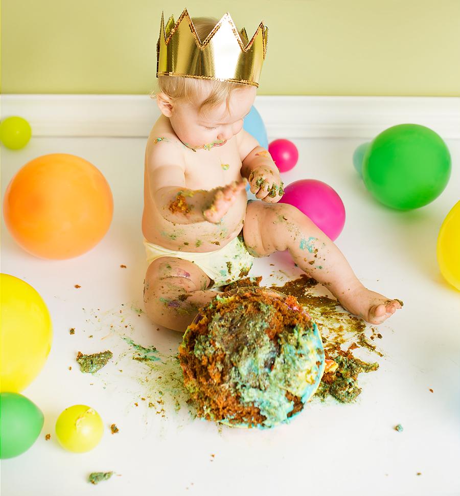 cakesmash-haslien-baby-fotograf-1-år-gutt-babyboy-blogg-gravid-2015-barn-kake-feiring-sarpsborg-cacas-regnbuekake-loan-emanuel_22