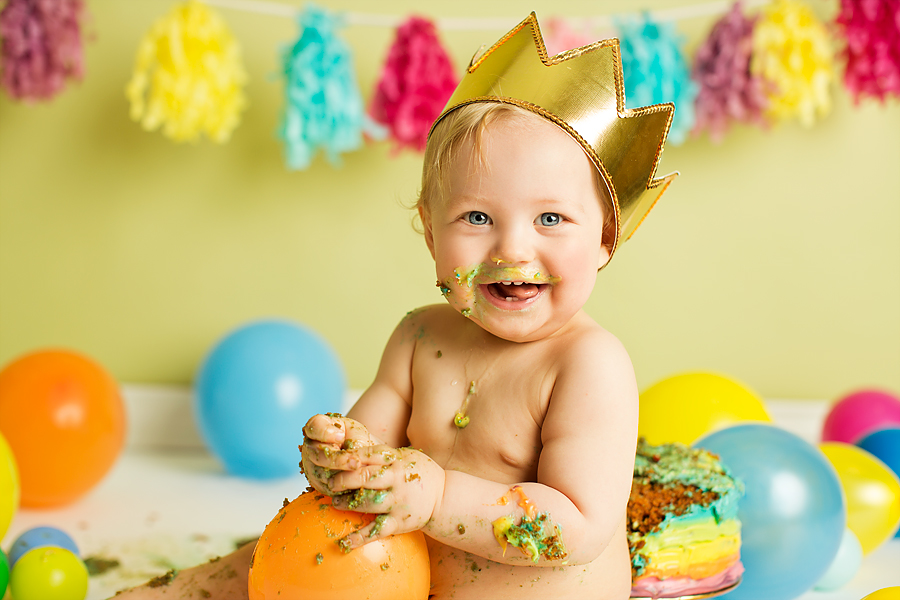 cakesmash-haslien-baby-fotograf-1-år-gutt-babyboy-blogg-gravid-2015-barn-kake-feiring-sarpsborg-cacas-regnbuekake-loan-emanuel_26