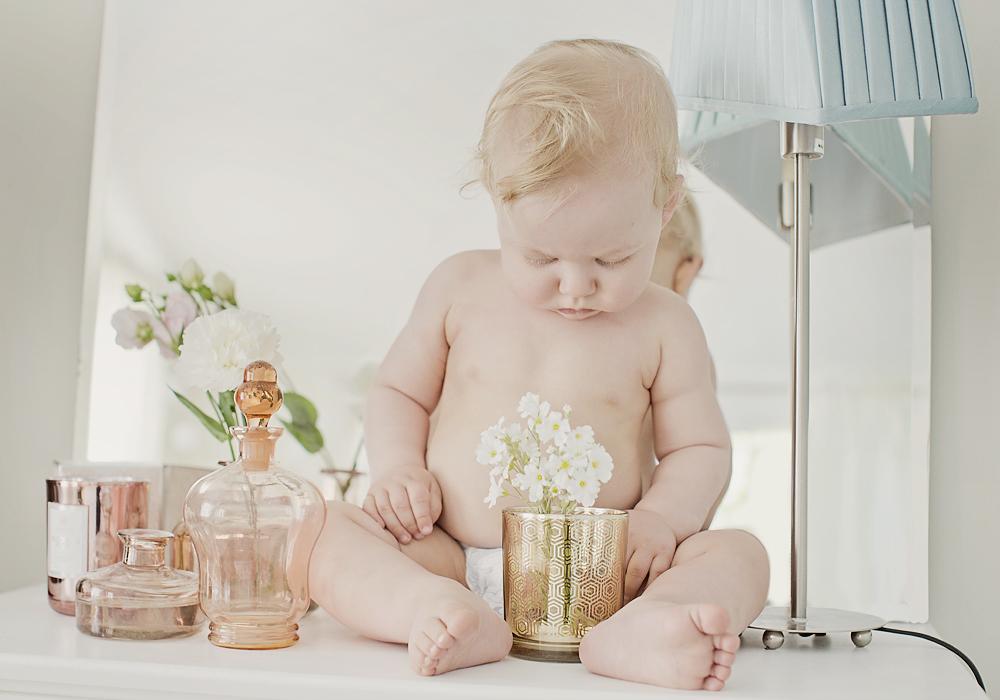 haslien-fotograf-barn-naturlig-lys-fotograf-pris-østfold-blogg-baby-barn_07