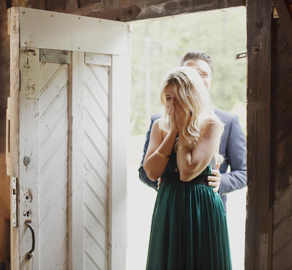 howheasked-haslien-foto-forlovelse-sarpsborg-lokale-bryllup-bohemian-rustic_13