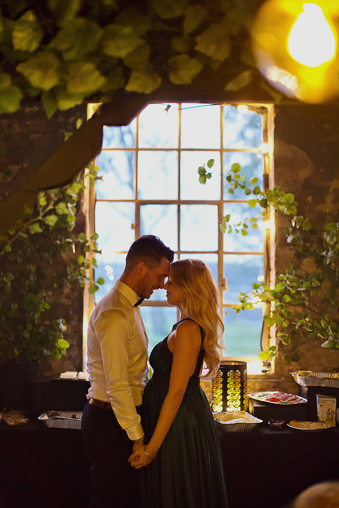 howheasked-haslien-foto-forlovelse-sarpsborg-lokale-bryllup-bohemian-rustic_32