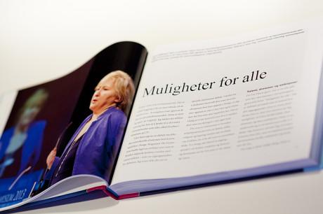 """Haslien Fotografene ble leid inn som """"husfotograf"""" under Oslo symopsium i våres hvor bildene til boka"""