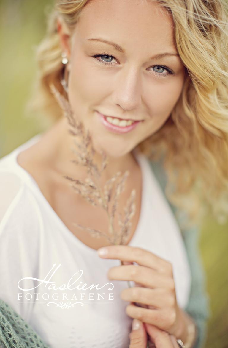 Haslien-fotograf-sarpsborg-konfirmant-sommer-portrett-ungdom-modell-for-en-dag-fotografene-fredrikstad02