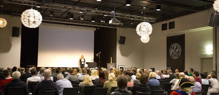 Jeg er takknemmelig for muligheten til å holde foredrag om aktfoto i Strømstad.