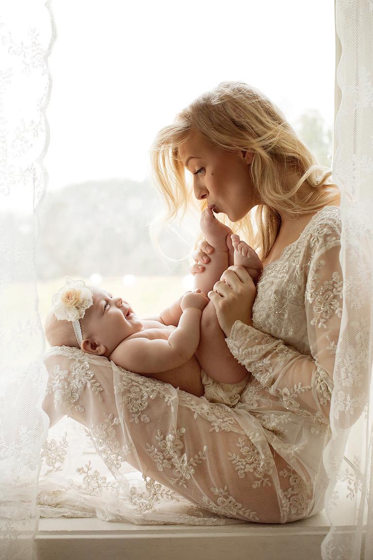 Nyfødt mor og barn