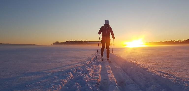 Fotograf Marion Haslien på skitur i Råde.